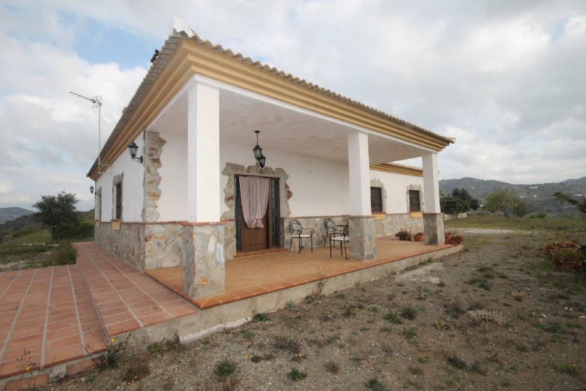House in Almogía R3408124 40