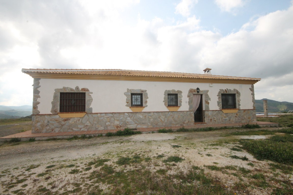 House in Almogía R3408124 43