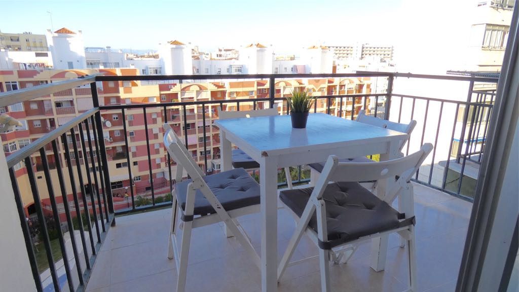 Magnificent studio in the center of Torremolinos. 33m2, renovated to release. Furnished, good finish,Spain