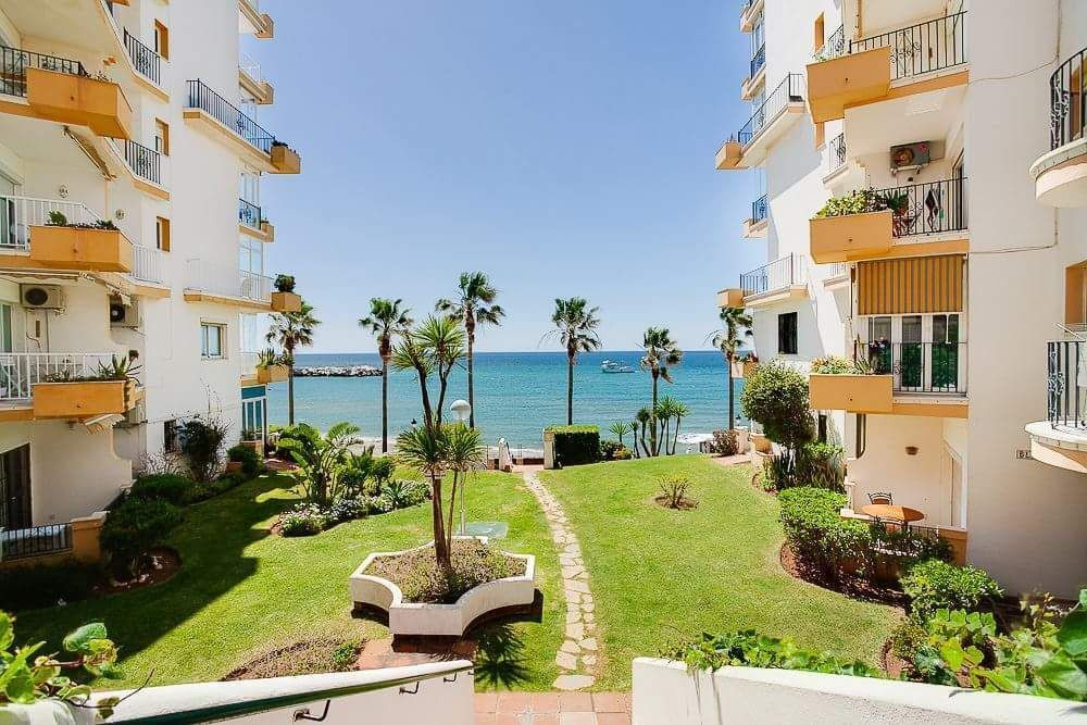 Beachfront 2 bedroom apartment in Marbella  Fantastic apartment with east orientation of 115 m2 with,Spain