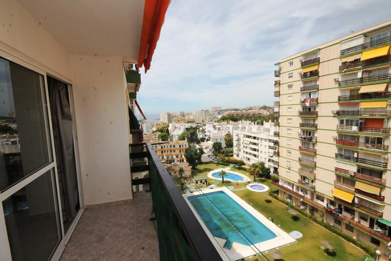 Apartamento Planta Media en venta en Benalmadena Costa – R3439120