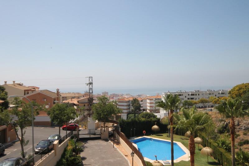 Marbella Banus Apartamento Planta Media en venta en Benalmadena – R3454624