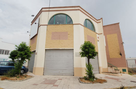 Opportunity in La Panoleta Polygon. Excellent Opportunity in Velez - Malaga. Warehouse located in Po, Spain