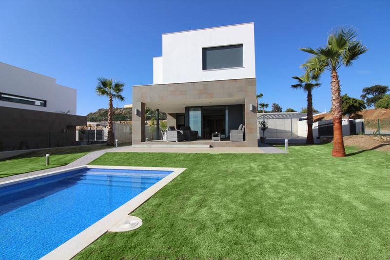 Marbella Banus Villa – Chalet en venta en Manilva – R3341926