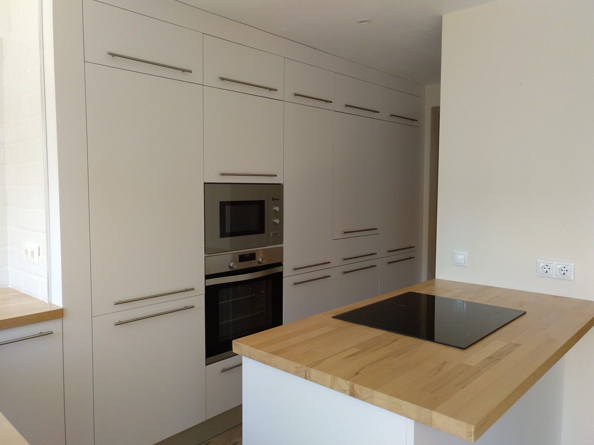Apartment completely renovated recently, in Fuengirola center with 2 bedrooms, 2 bathrooms, living r,Spain