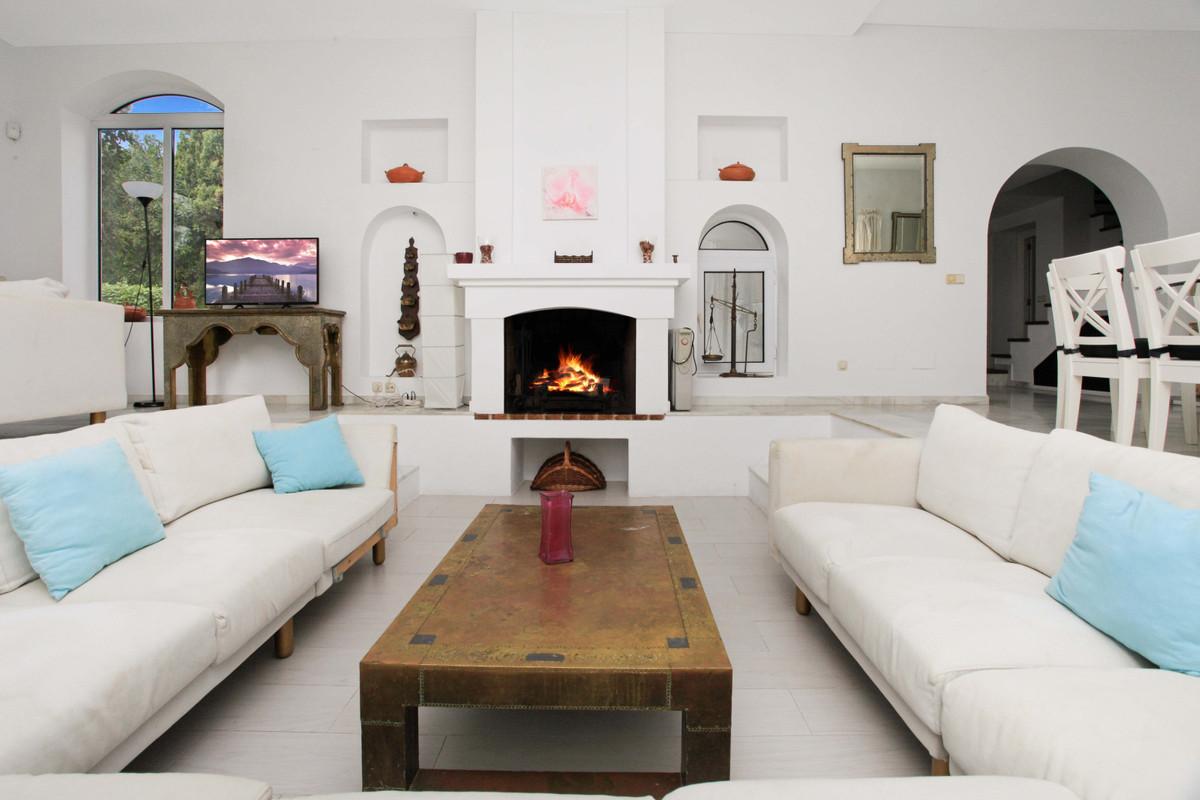 Villa Detached Cortijo Blanco Málaga Costa del Sol R3747970 3