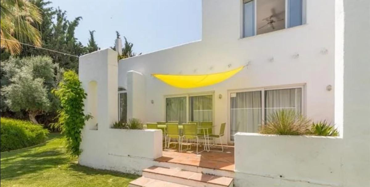 Villa Detached Cortijo Blanco Málaga Costa del Sol R3747970 9