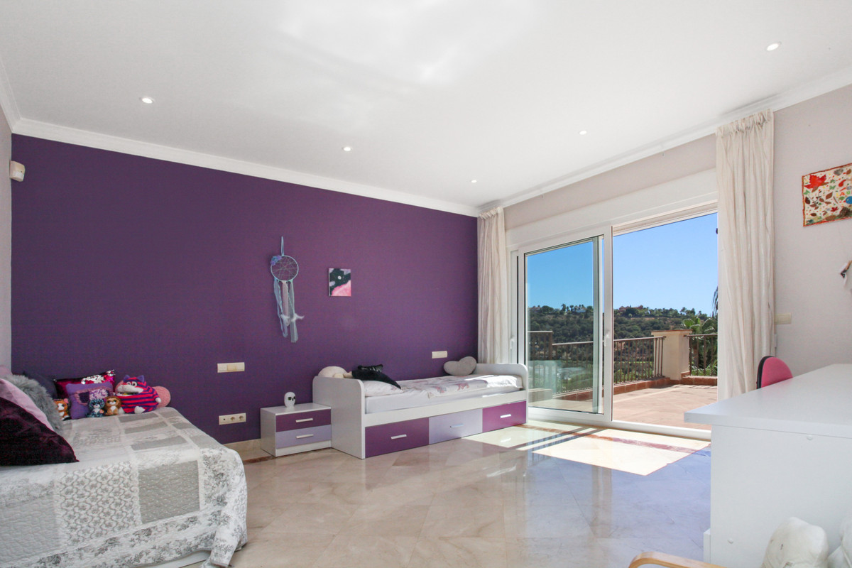 Villa te koop in Los Arqueros R3921241