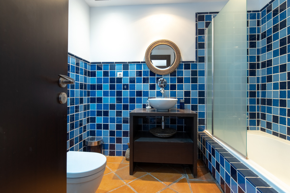 R3770647   Townhouse in Benahavís – € 480,000 – 4 beds, 4.5 baths