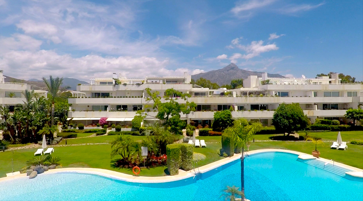 Luxury elevated ground floor corner apartment in Los Granados Golf.  Only 48 apartments overlooking , Spain