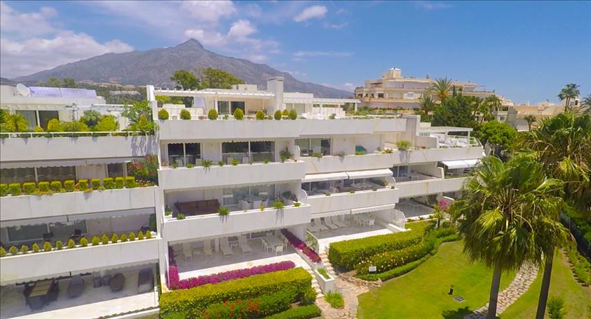 Apartamento en Venta en Nueva Andalucía – R3019034
