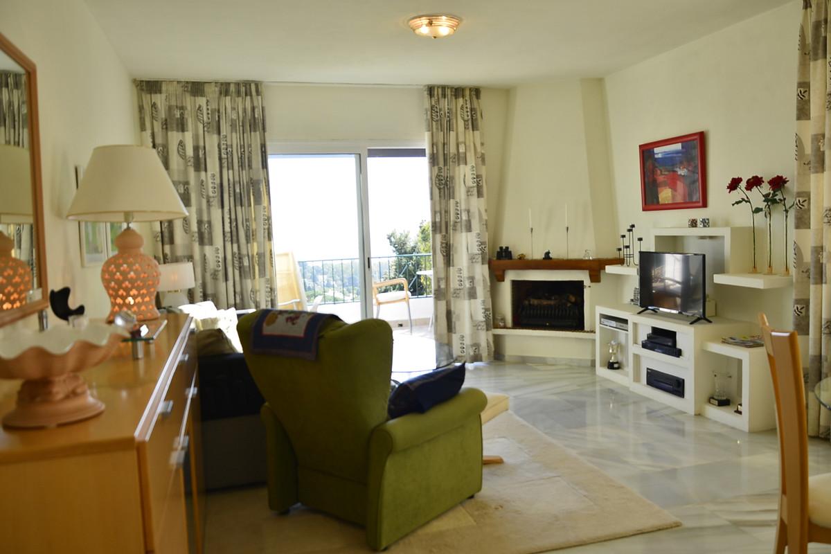 Marbella Banus Apartamento en Venta en Calahonda – R3798913