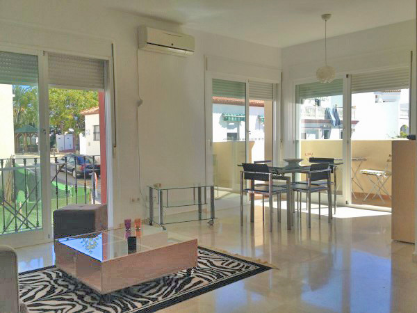 Exceptionally bright apartment with modern furniture.  Middle Floor Apartment, Cancelada, Costa del , Spain