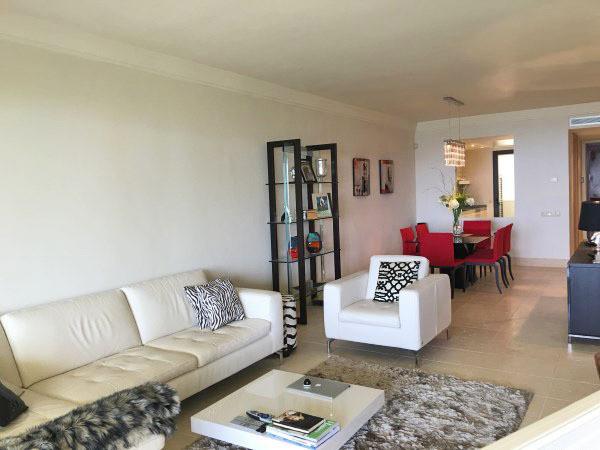 2 Bedroom Apartment for sale Altos de los Monteros