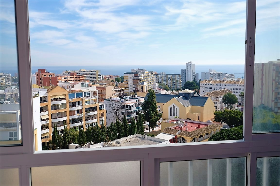 Studio for sale in Gamonal, Large mature community gardens (20.000m2) with 2 sets of swimming pools,,Spain