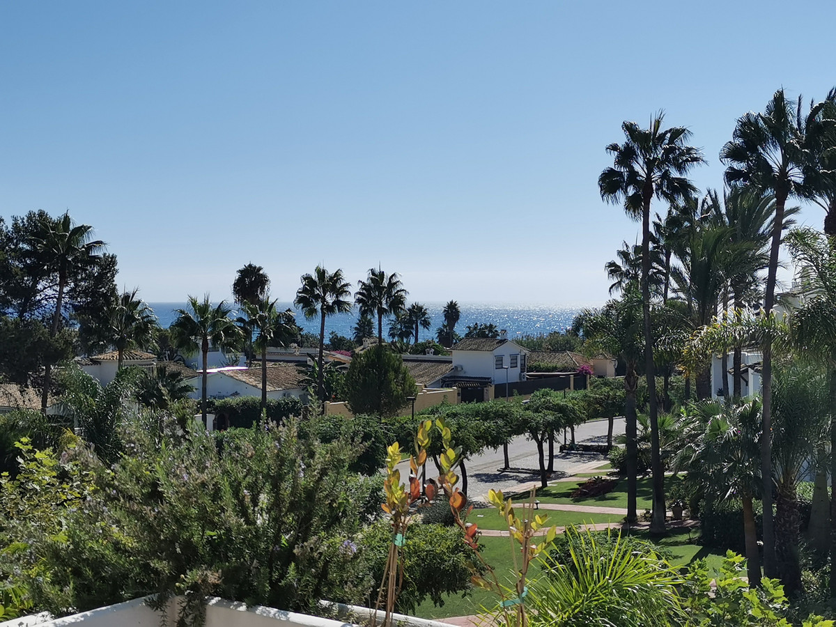 Marbella Banus Adosado en Venta en Costalita – R3514516