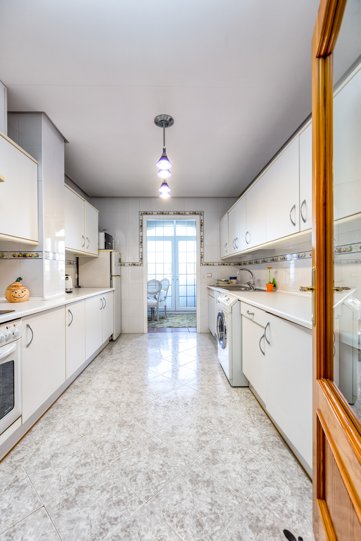 Apartamento Planta Media en Venta en Nueva Andalucía – R3509947