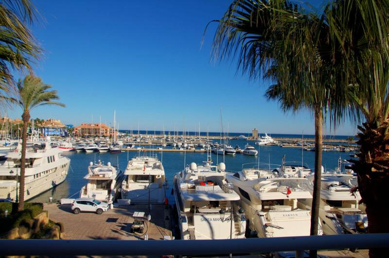 Marbella Banus Ático en venta, Sotogrande Marina – R2519660