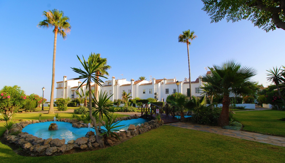 Ref:R3483643 Townhouse For Sale in Casares Playa