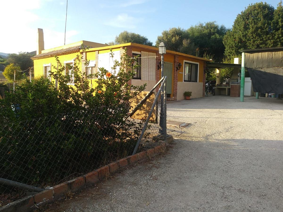 Detached Villa · Estepona