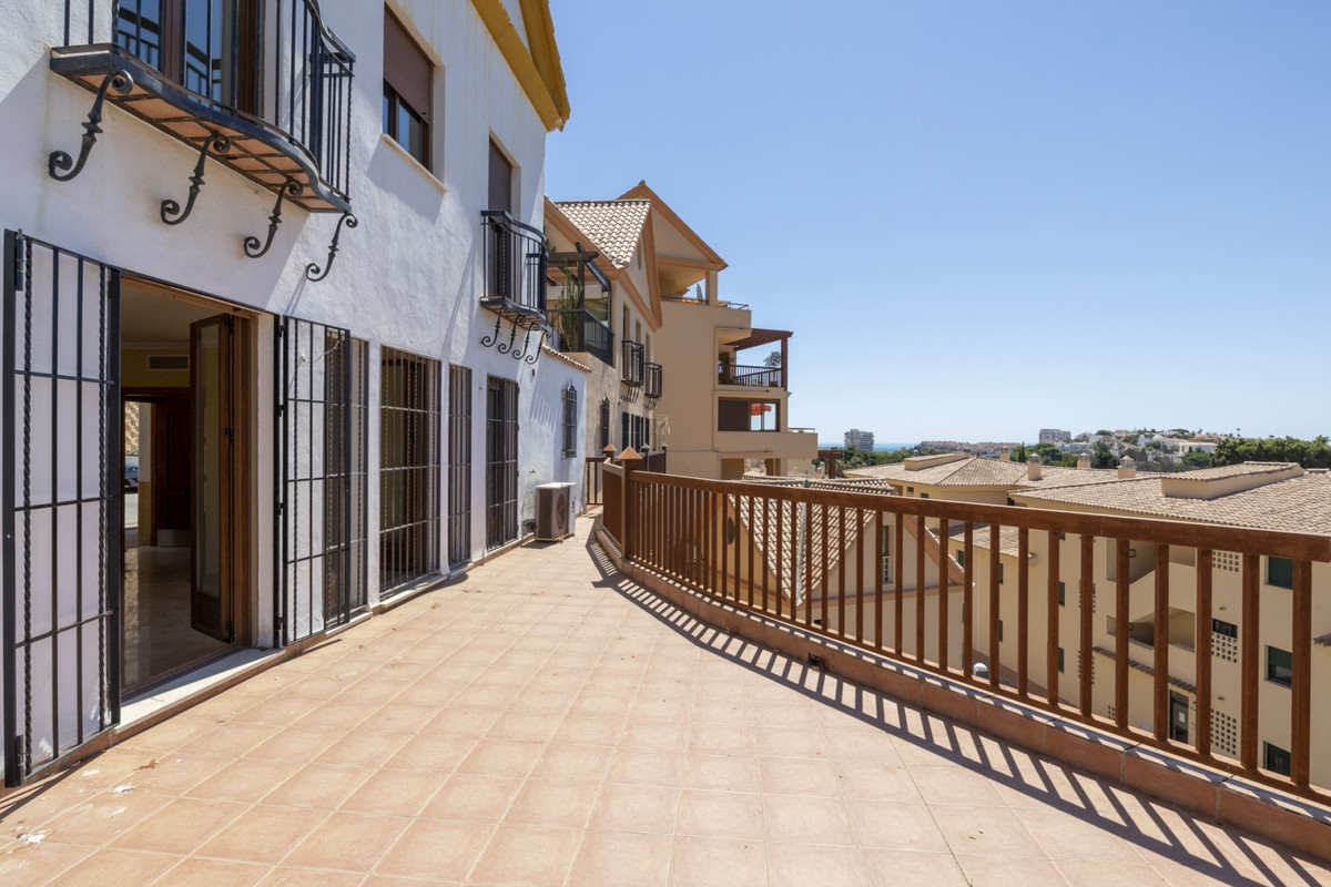 Villa Detached Torrequebrada Málaga Costa del Sol R3668645 9