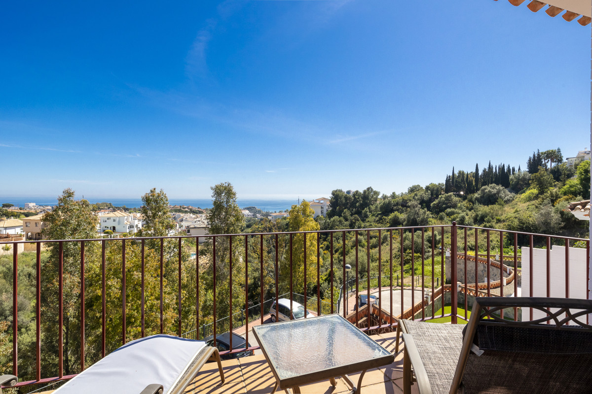 Corner townhouse in the wellsought after Rancho Domingo in Benalmadena. This townhouse has it all: s,Spain