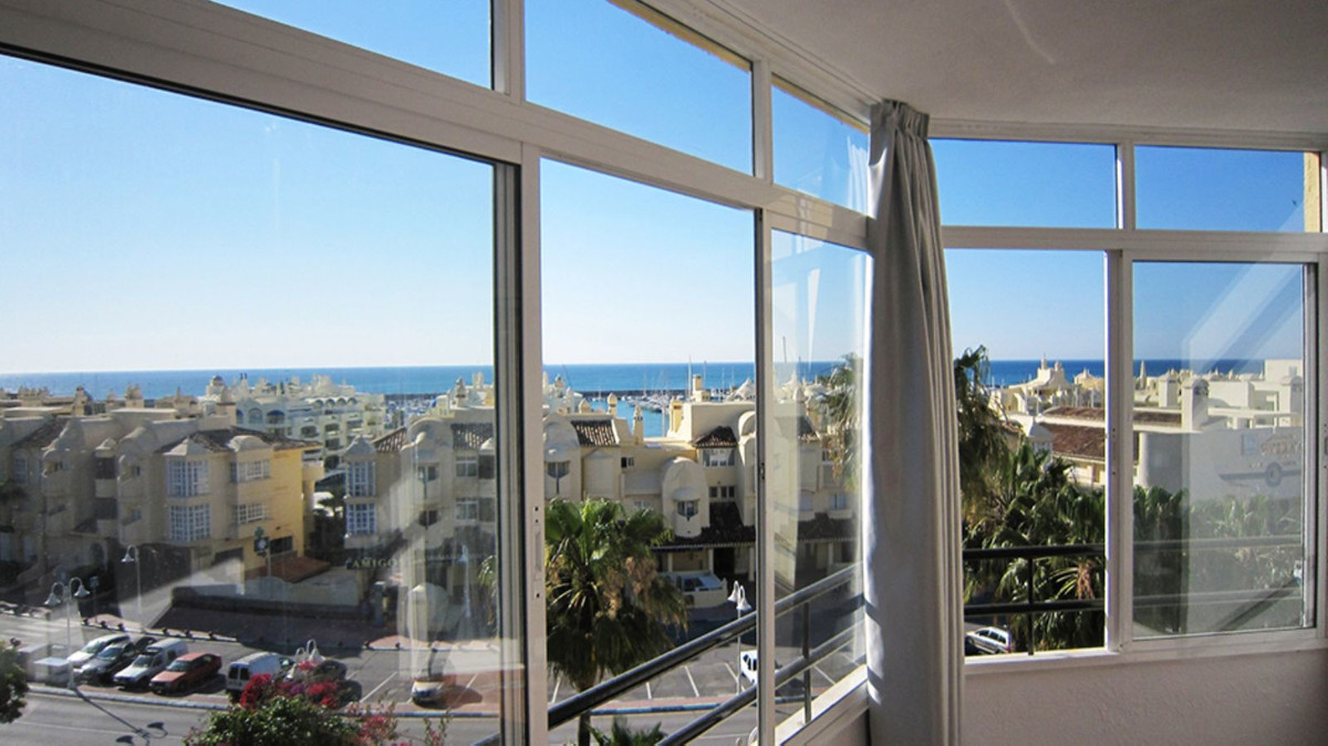 Perfectly located in the center of the Puerto Marina of Benalmadena.  This property is fully renovat, Spain