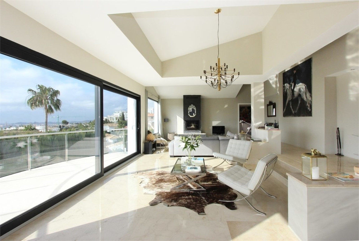 Looking for the wow factor? Don't look further, you have found it. This spectacular contemporar,Spain