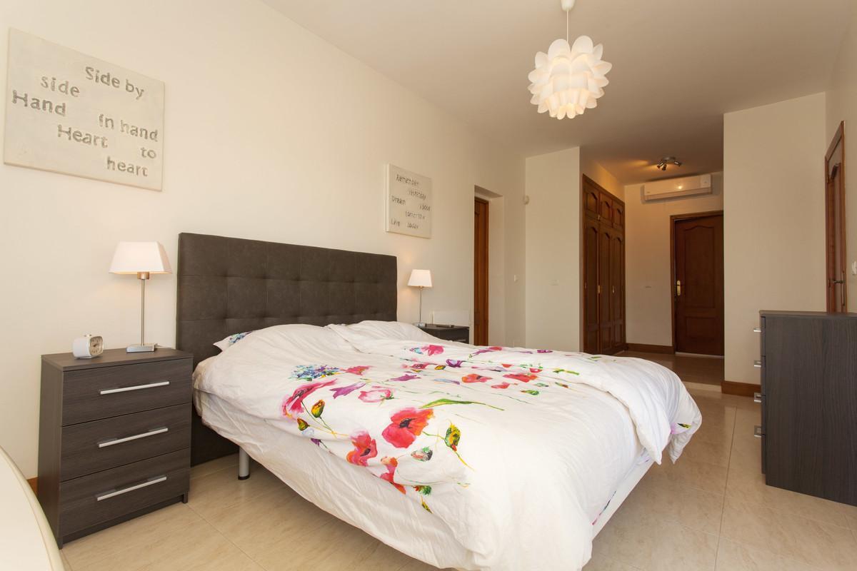 House en Alhaurín el Grande R3506395 24