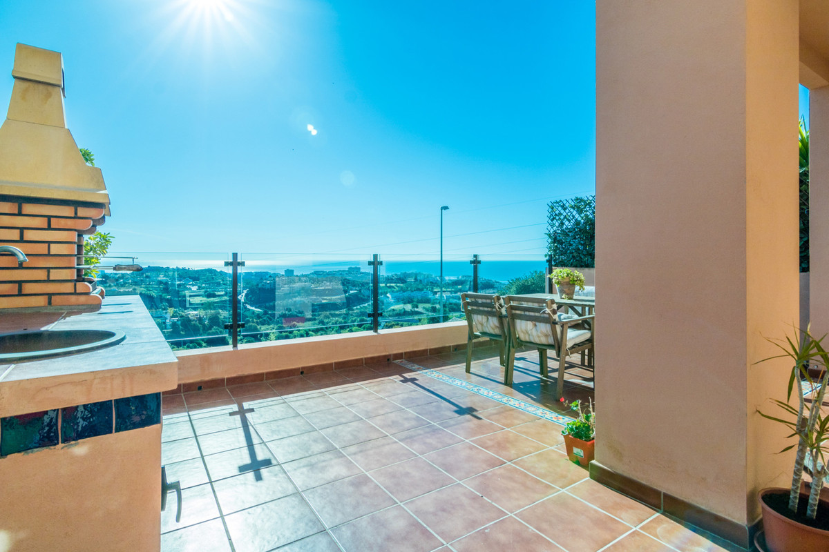 Just wow! Stunning 4 bed townhouse 8 minutes walk from Benalmadena Pueblo. This townhouse has the be,Spain