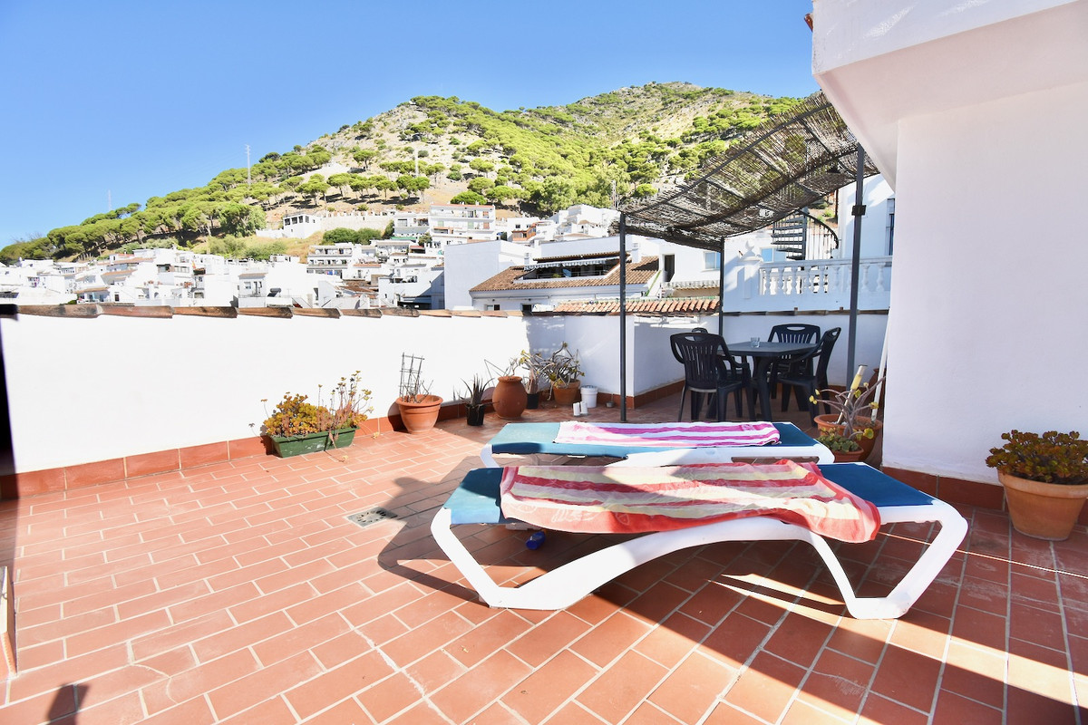 3 Bedroom Apartment For Sale, Mijas