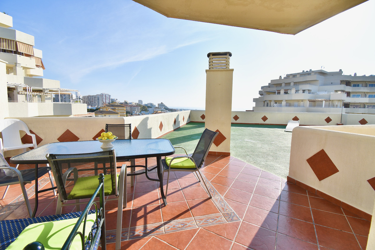 GREAT OPPORTUNITY OF SEMI PENTHOUSE WITH TERRACE OF 140 m2 WITH SEA VIEWS.  This property ha,Spain
