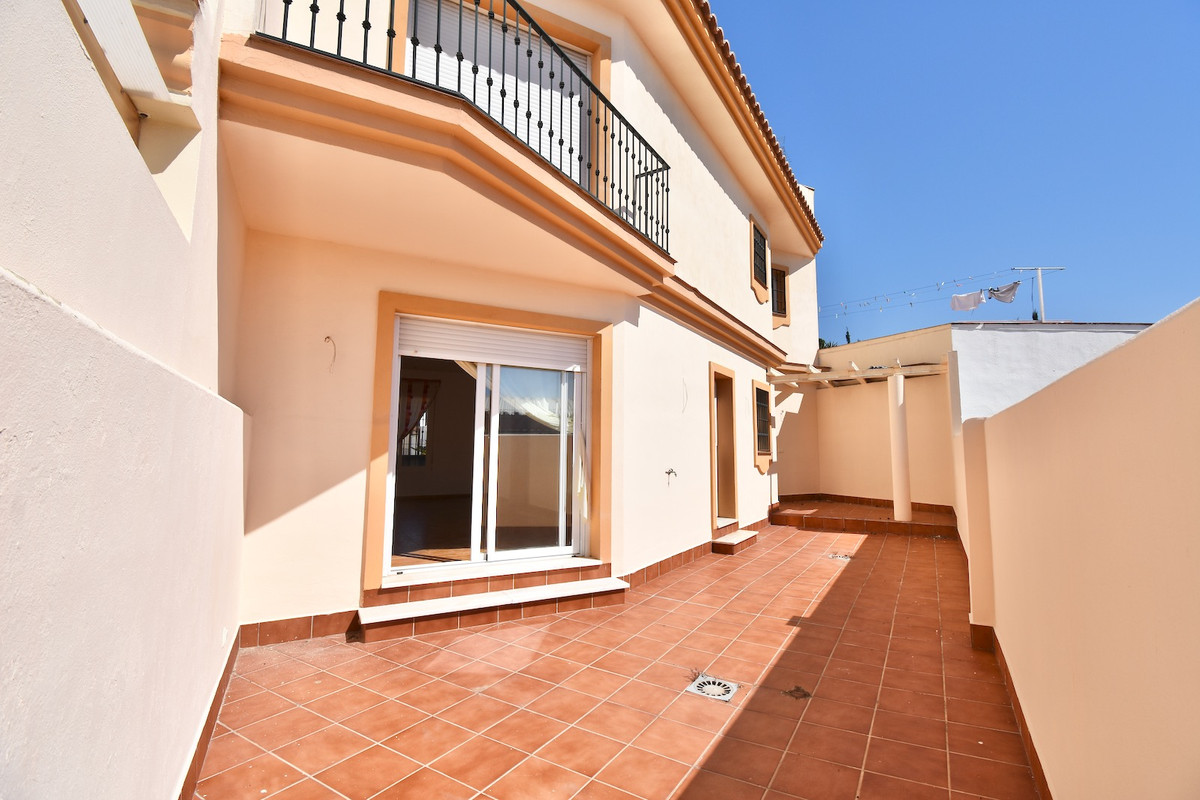 2 Bedroom Terraced Townhouse For Sale Los Boliches