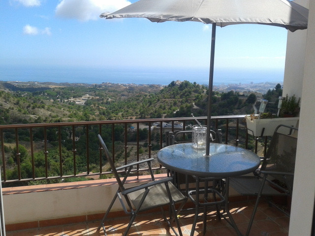 BEAUTIFUL 3 BEDROOM HOME SET IN A BREATHTAKING ELEVATED POSITION ENJOYING POSSIBLY THE BEST VIEWS IN, Spain
