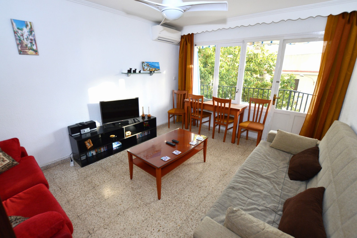 3 bedroom, 1 bathroom apartment right in the centre of Torremolinos walking distance to the town centre and beachfront.   The apartment is fully furnished, with air conditioning, private balcony and fully equipped kitchen.  Also walking distance to train station, meaning there is no need for a hire car to stay here! Available for short term holiday rentals in peak periods and also longer term stays over the Winter period from November to March.