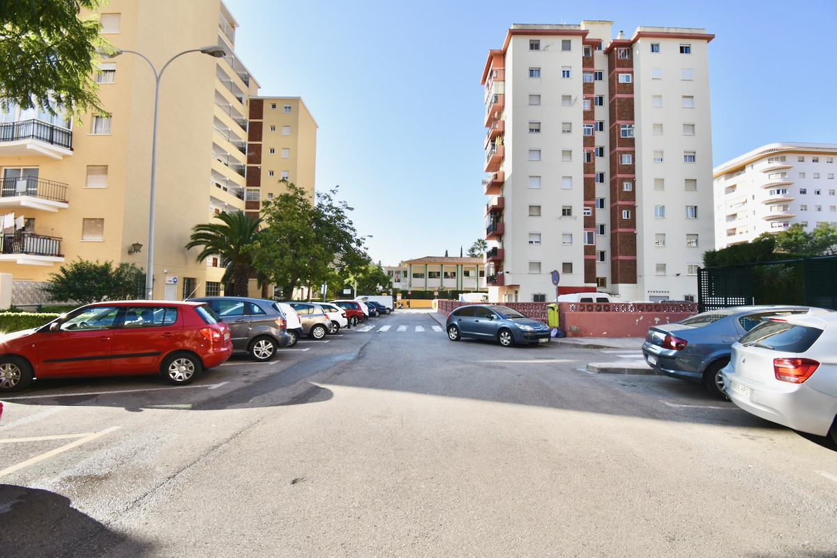 FANTASTIC APARTMENT IN LOS BOLICHES CENTRO.        Fuengirola, Los Boliches 85 m2, 2 bedrooms, 1 bat, Spain