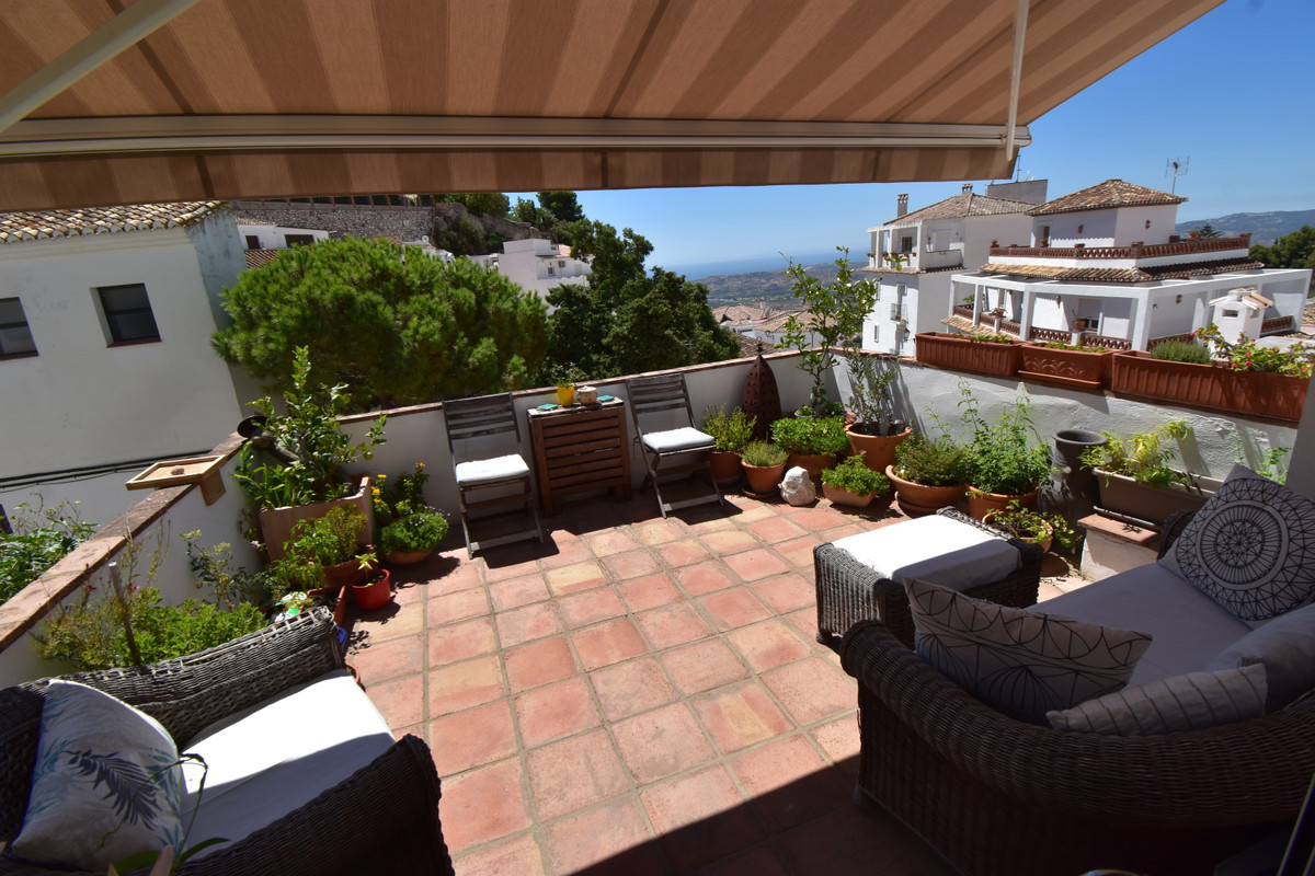 5 bedroom townhouse for sale mijas