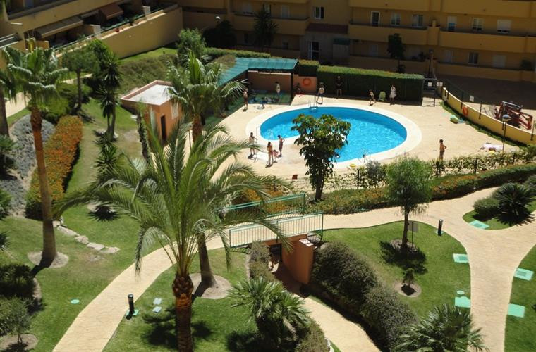 Beautiful apartment in Los Pacos. The apartment has a room which has made two, 1 bathrooms, 2 terrac, Spain