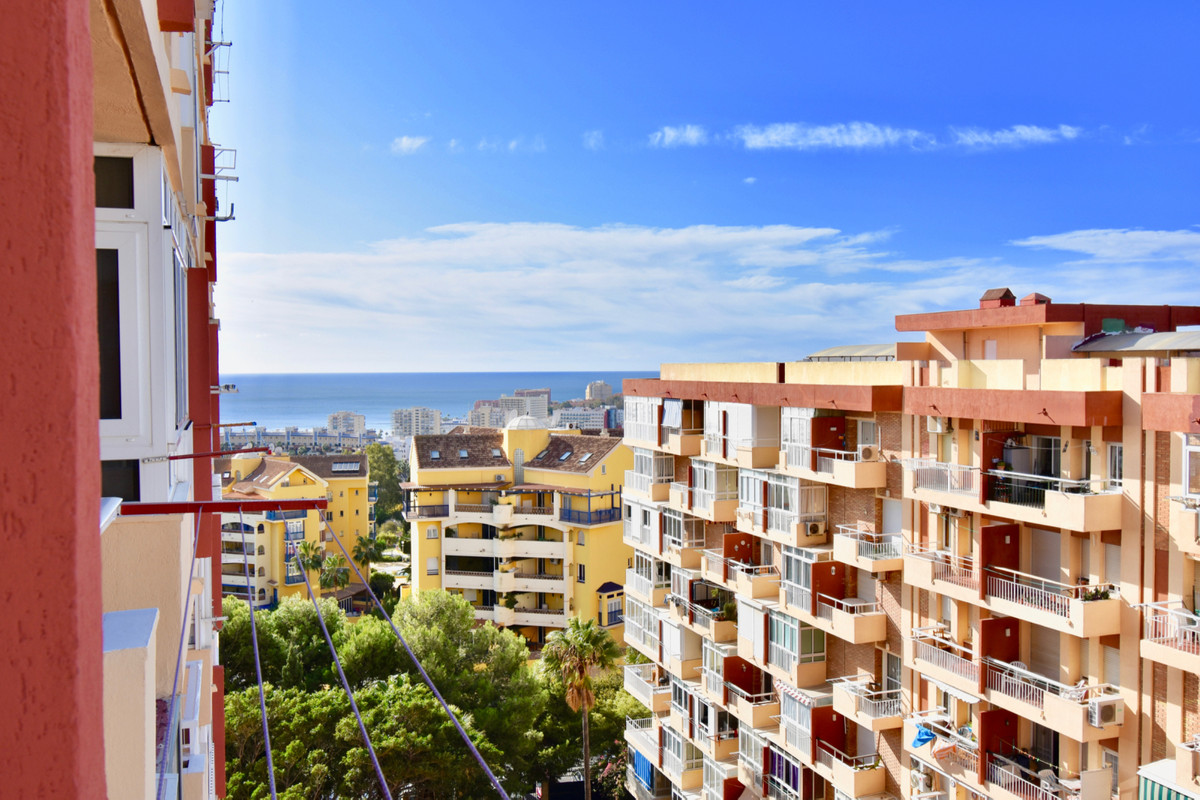STUDY OPPORTUNITY VERY CLOSE TO THE BEACH AT THE BEST PRICE ...          Fantastic Studio with the b, Spain