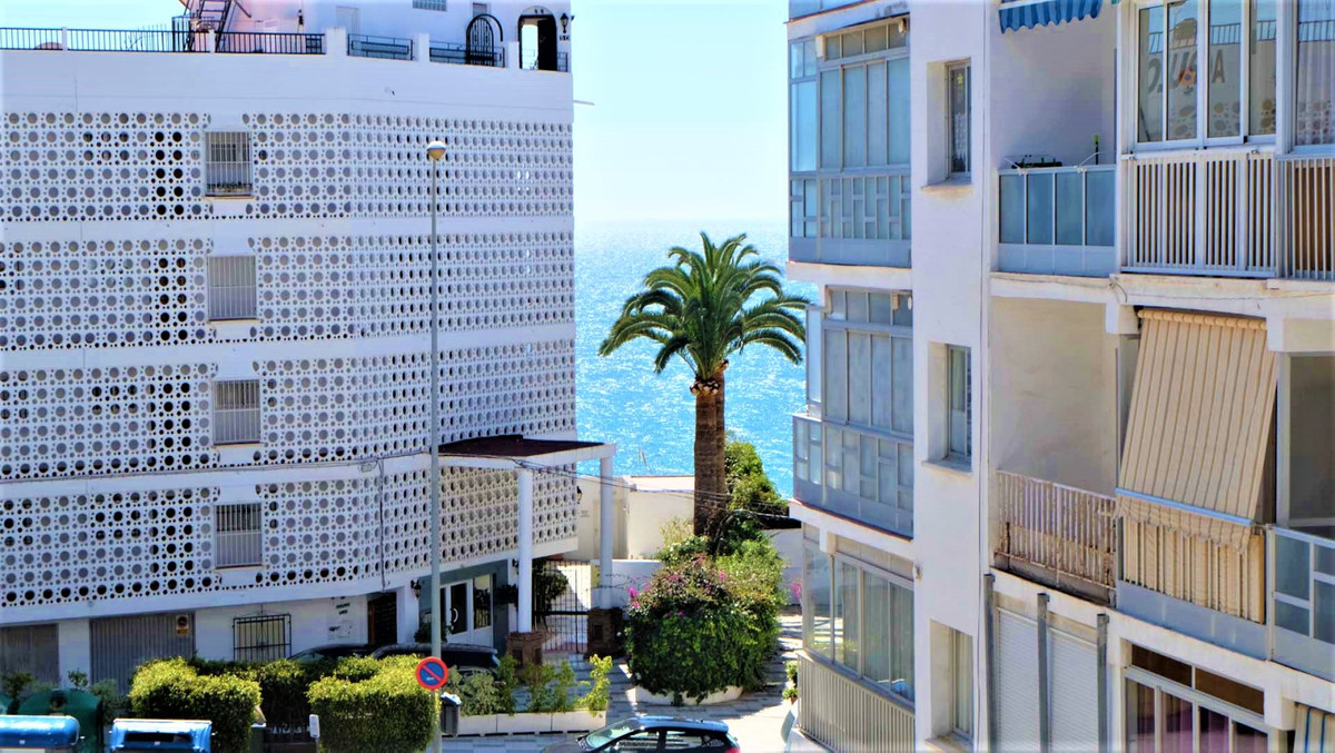 Buy this 3 bedroom apartment in the most touristic area of Nerja.  A 5 minute walk to the Balcon de ,Spain