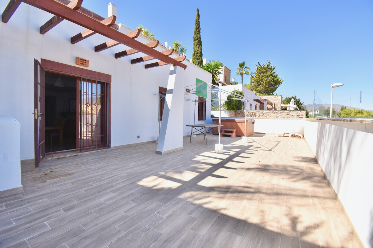 3 Bedroom Middle Floor Apartment For Sale La Cala de Mijas
