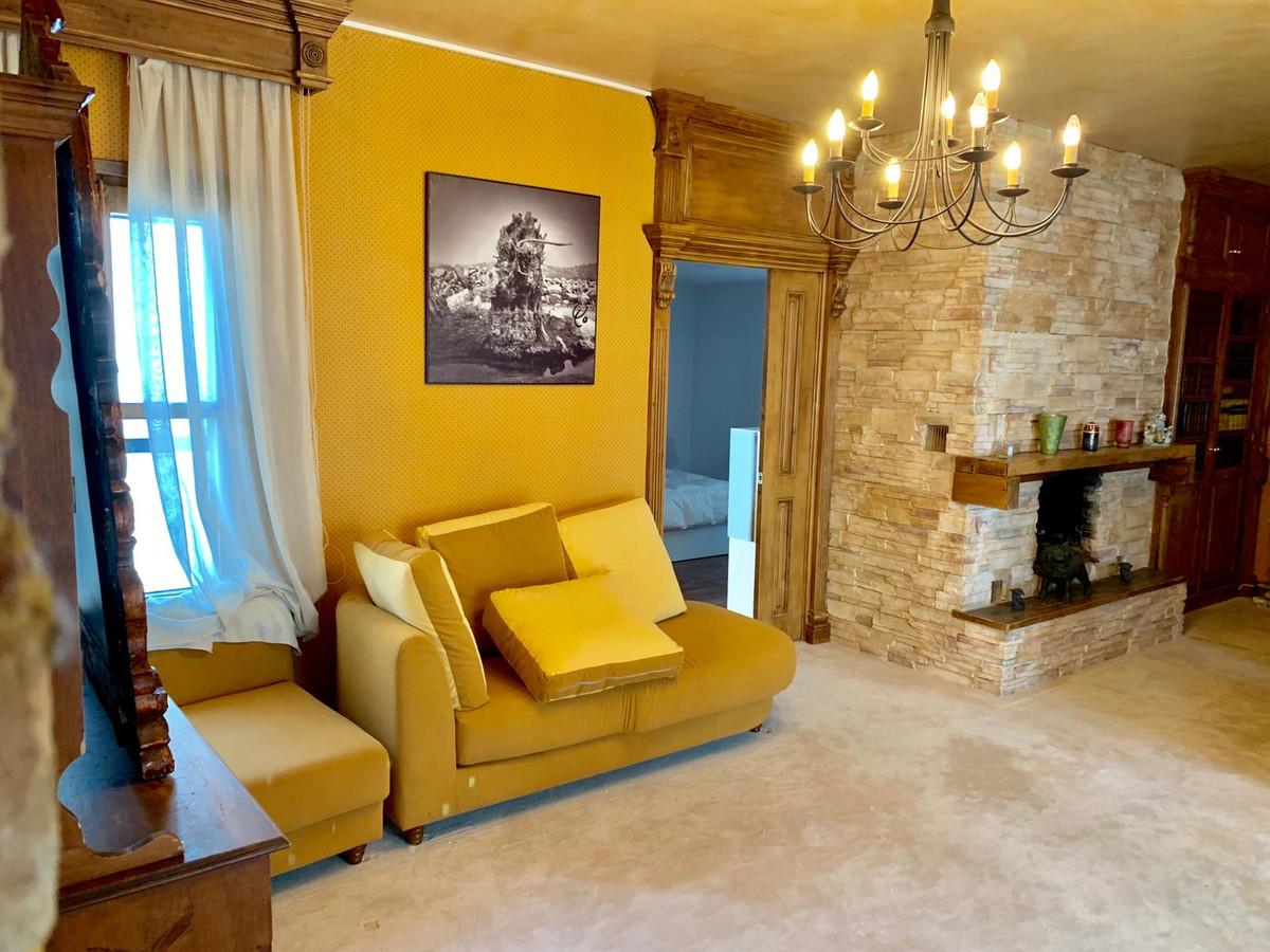 Marbella Banus Apartamento Planta Media en venta en Puerto Banús – R3446890