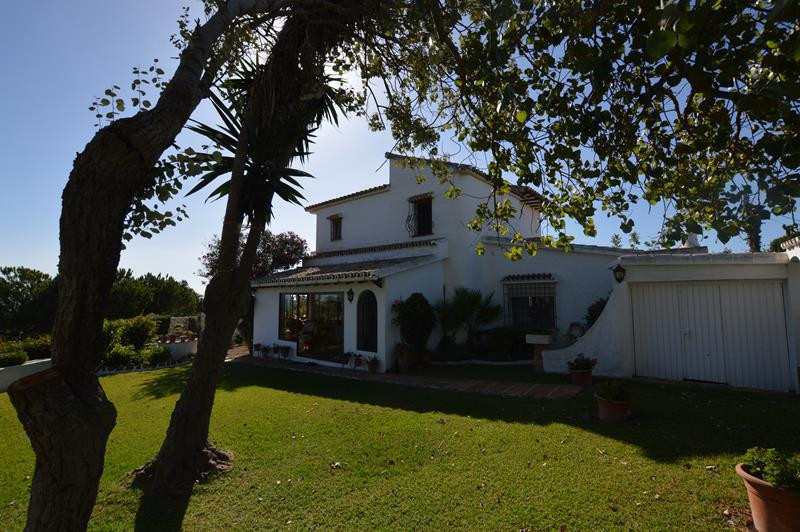 SOUTH FACING VILLA IN EL FARO WITH SEA VIEWS AND WALKING DISTANCE TO THE BEACH  Enchanted property t, Spain
