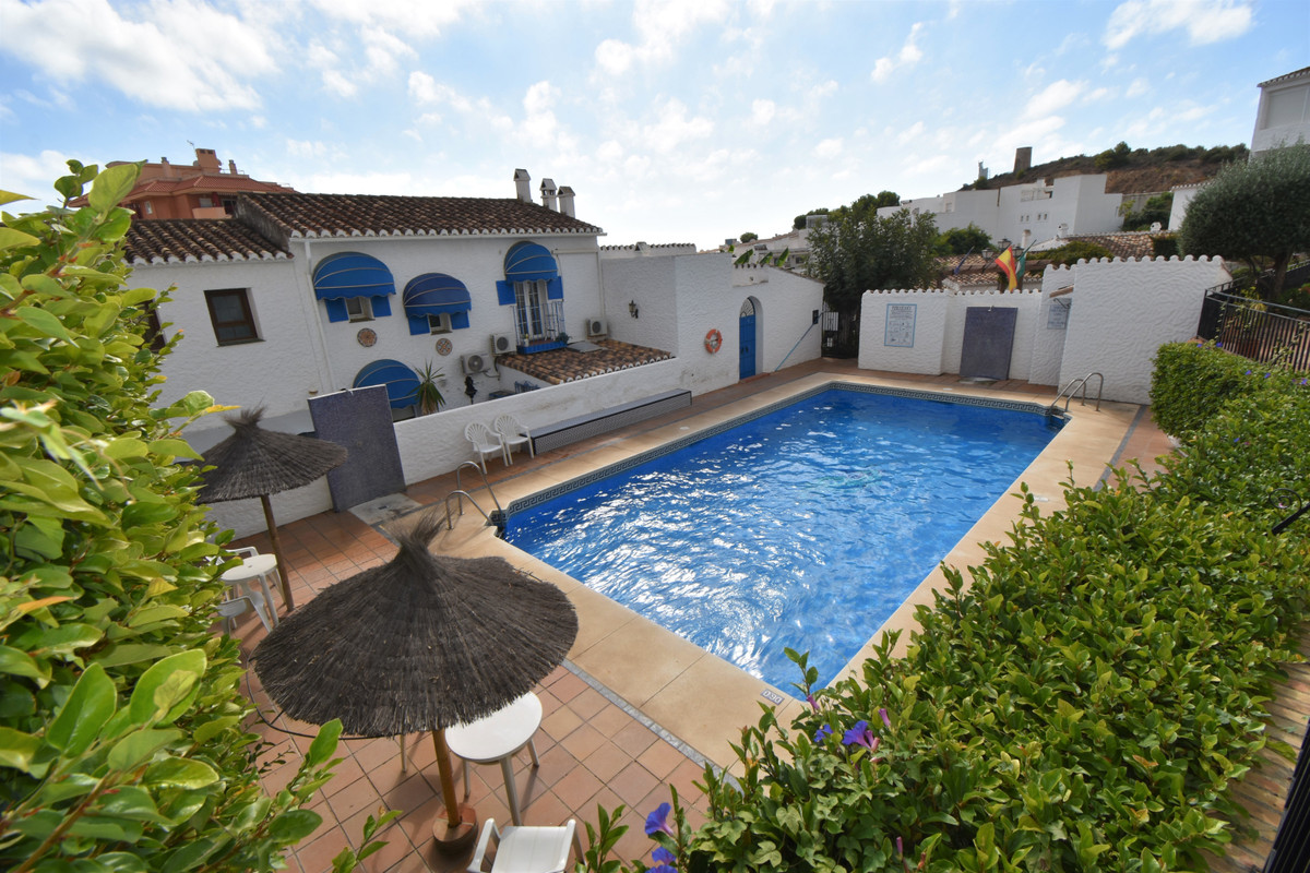 Beautiful house situated walking distance to the beach, amenities and public transport.  As you ente, Spain