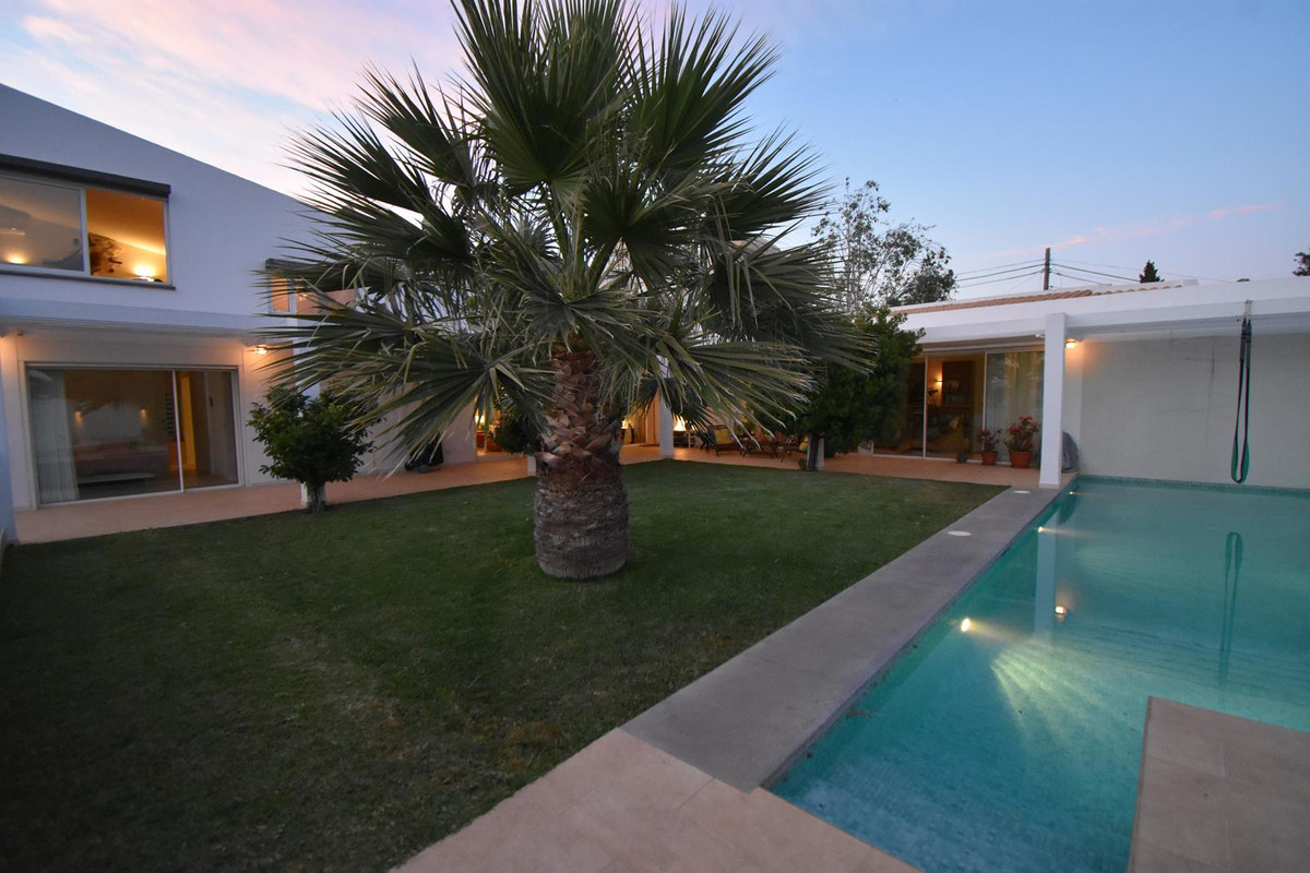 5 bedroom villa for sale fuengirola