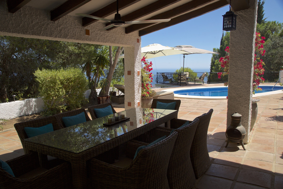 FABULOUS 3 BEDROOM DETACHED VILLA WITHIN WALKING DISTANCE TO THE IDYLLIC VILLAGE OF MIJAS! PANORAMIC,Spain