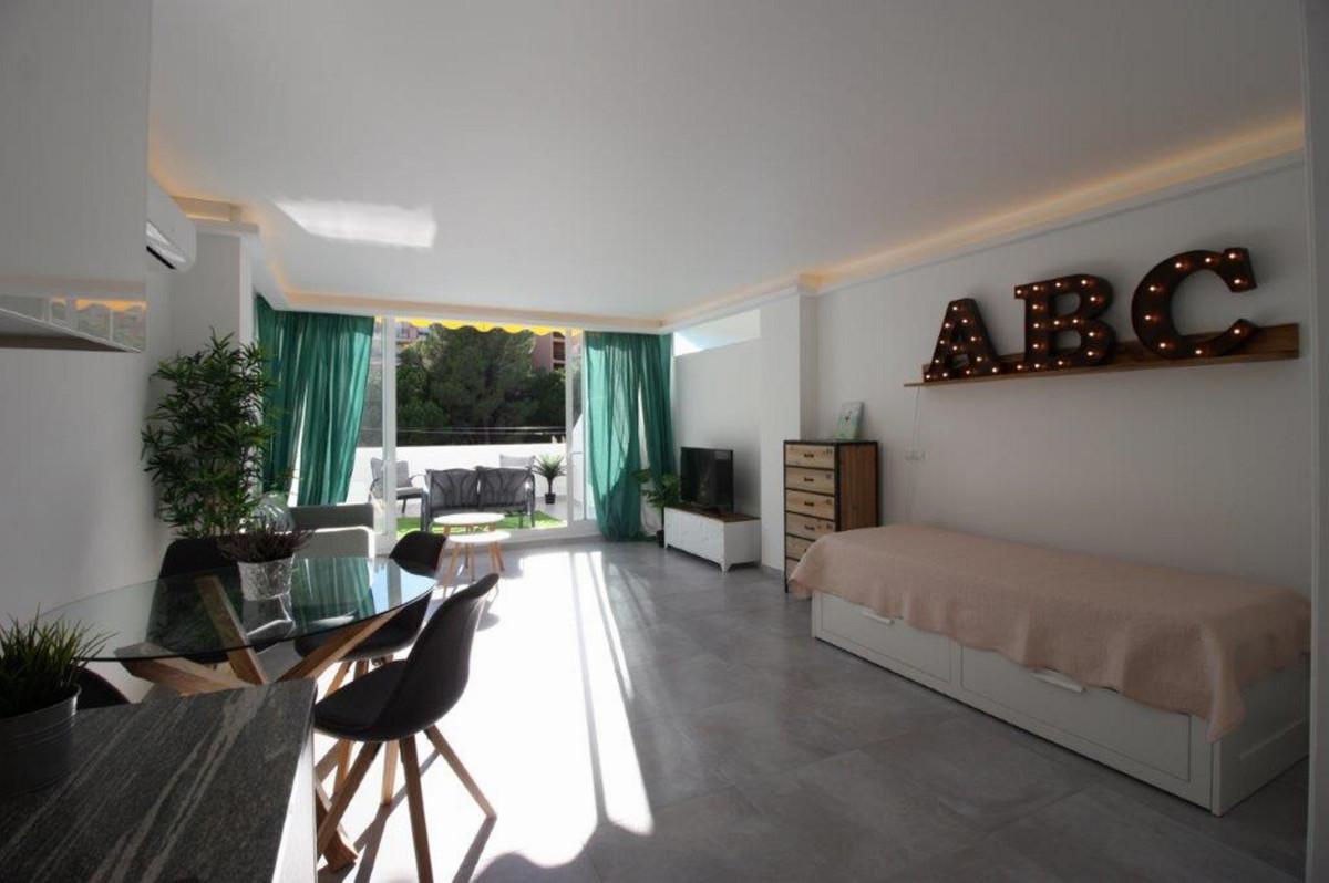 Short Term Rental - Middle Floor Studio - Torreblanca - 4 - mibgroup.es