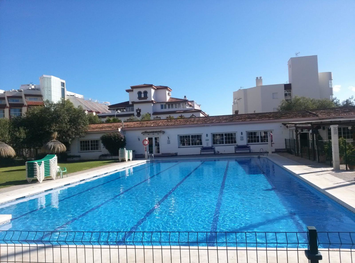Nice studio in one of the best areas of Torremolinos. It is located in an enclosed area next to the ,Spain
