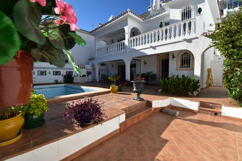 Villa – Chalet a la venta en Mijas – R3538300