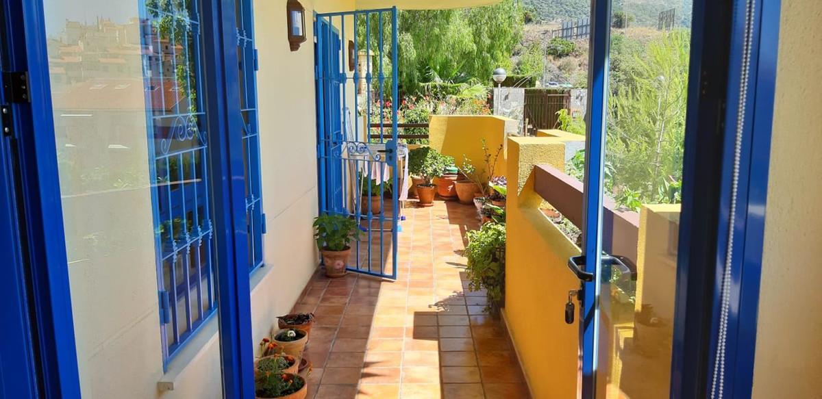 Marbella Banus Apartamento Planta Media en Venta en Marbella – R3444970